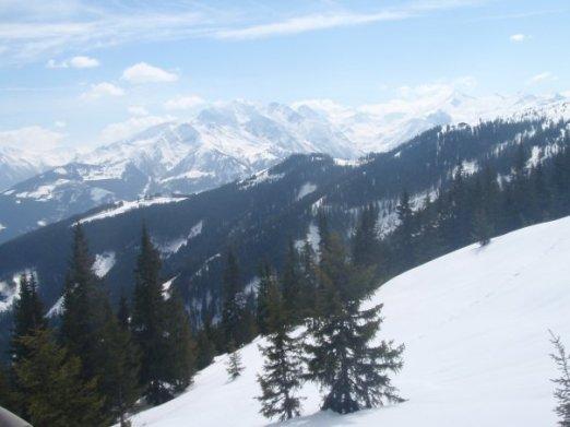 Ski's up!