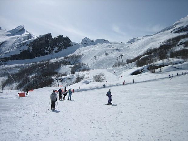 Pyrenees Skiing